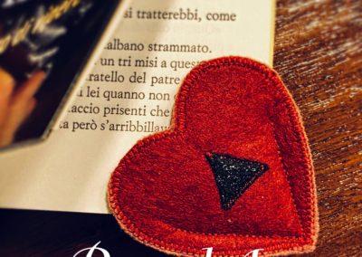 Segnalibro cuore rosso