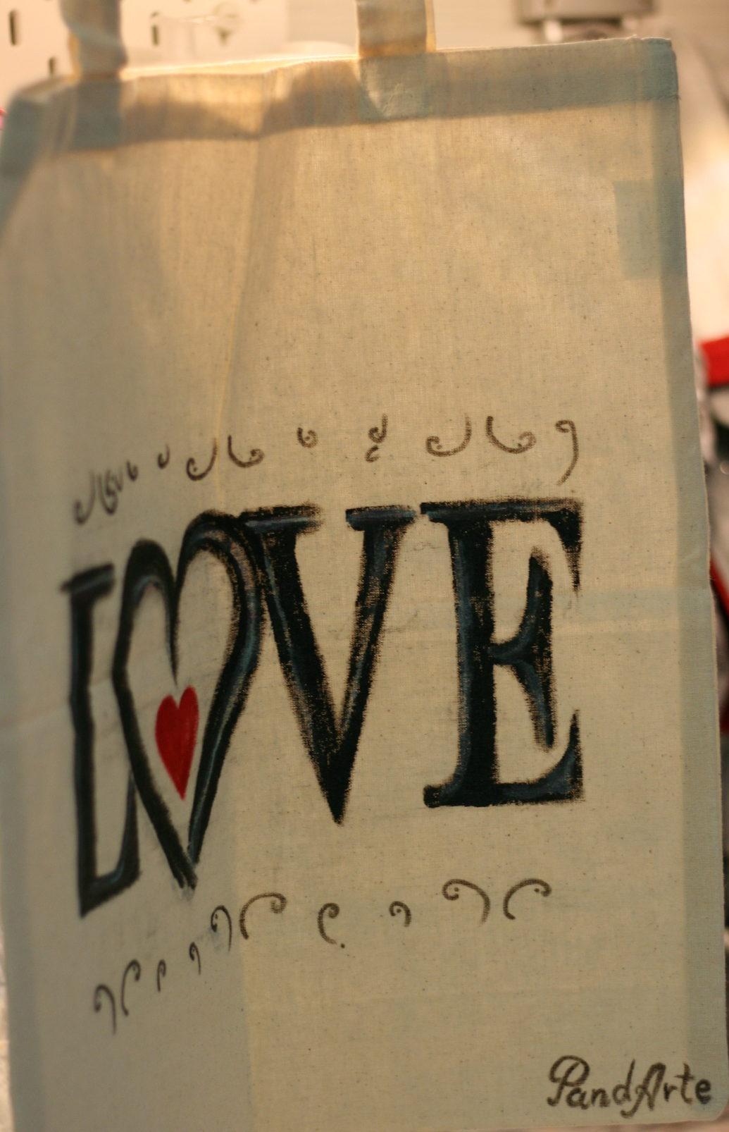 Wedding bag Love