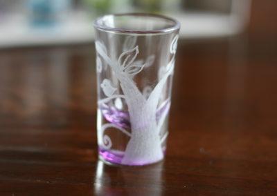 Bicchiere in vetro inciso